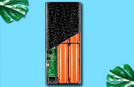 شارژر همراه ای دیتا مدل P10000 یکی از پاور بانکهای 10000 میلیآمپر 2