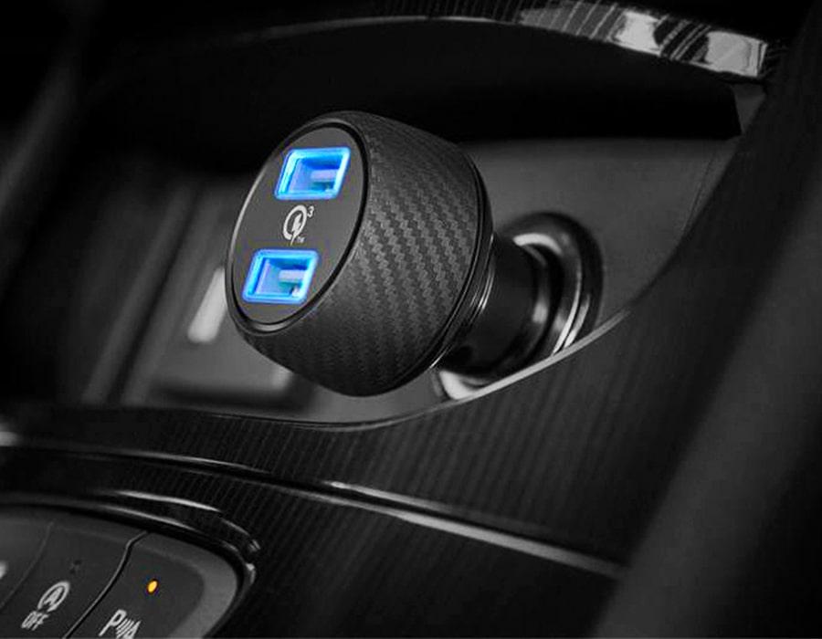 نحوه خرید بهترین شارژر فندکی USB اتومبیل