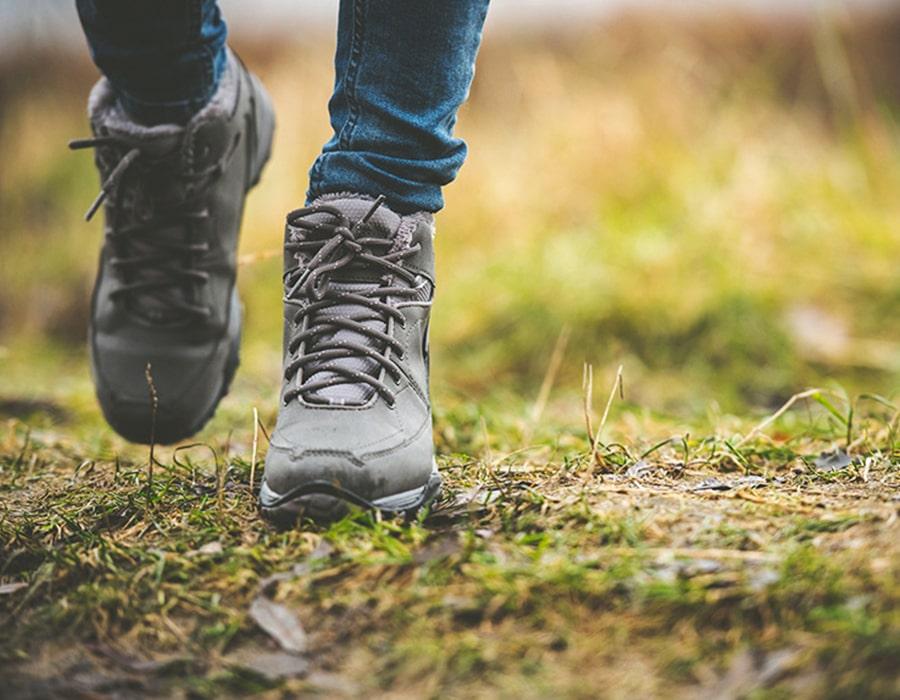 کفش اندازه پای خود را تهیه کنید
