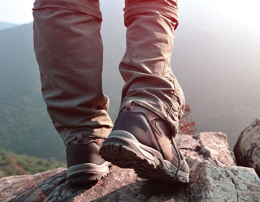 سبک و نوع کفشهای پیادهروی خود را مشخص کنید